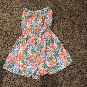 Adorable Forever21 Hawaiian floral romper